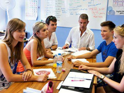 cours en groupe de conversation en arabe à Bayonne